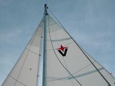 ALBIN VEGA SAILBOATS Yachts BOATS Powerboat Cruisers SPORT HOODIE