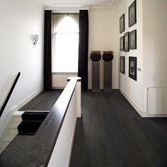 Solidfloor is al jarenlang een toonaangevend Europees merk met een uitgebreide collectie hoogwaardige houten vloeren. Bekijk ons Solidfloor assortiment Outdoor Tiles, Indoor Outdoor, Wooden Flooring, Tile Floor, Stairs, Architecture, Interior, House, Furniture