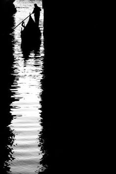 Black & White Photography, a delicate balance on silhouette, reflections and light & shadow B&w Tumblr, In Loco, Shadow Silhouette, Boat Silhouette, Robert Doisneau, Photo B, Foto Pose, Black N White Images, Negative Space