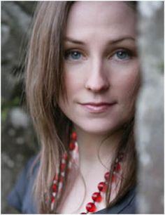 Julie Fowlis - sounds like an Angel! Love her music!