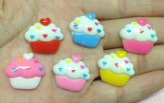 5 Piece Cupcake Flat Back Resins Cabochons by pepperlonely11, $2.50