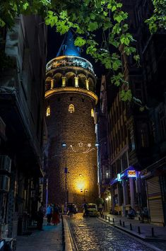Galata Tower by Alexander Jikharev on – Wallpaper Ocean Wallpaper, City Wallpaper, Galaxy Wallpaper, Istanbul City, City Art, Hagia Sophia, Beautiful Places, Places To Visit, Around The Worlds