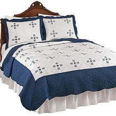 Embroidered Scalloped Edge Marcella Quilt, Navy, Twin