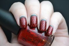 31 Day Challenge - Day 1: Red Nails