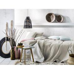 Prehoz na posteľ v modernom a trendy štýle pre Vašu spálňu. Trendy, Home Decor, Decoration Home, Room Decor, Home Interior Design, Home Decoration, Interior Design