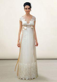 Very pretty wedding dress