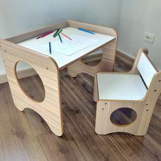 Home Office Furniture Desk, Diy Kids Furniture, Wood Furniture Living Room, Kids Table Chair Set, Kid Table, Diy Para A Casa, Wood Table Design, Diy Daybed, House Plants Decor