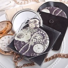 Vintage Design Pocket Mirror | Wedding Favor Discount