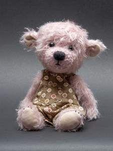 Marlie by Teddy Pineapple - Bear Pile Felt Animals, Cute Animals, Bear Girl, Needle Felting Kits, Cute Teddy Bears, Bear Patterns, Doll Patterns, Rag Dolls, Fabric Dolls