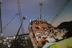 "10 Behind-the-Scenes Photos That Show ""Titanic"" From a New Perspective"