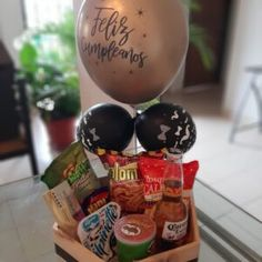 Hersheys, Food Bouquet, Candy Boxes, Basket Ideas, Gift Baskets, Cali, Breakfast, Gifts, Ham And Cheese