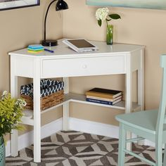 we love this home office nook! a set of drawers, shelves and some