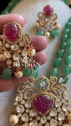 Antique Jewellery Designs, Beaded Jewelry Designs, Jewelry Design Earrings, Indian Jewelry Earrings, Silver Earrings, Gold Bangles Design, Gold Jewellery Design, Gold Jewelry, Pearl Necklace Designs