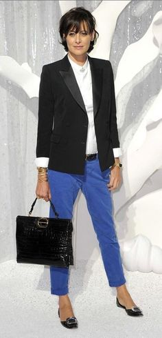 Tendance Chaussures Keeping it simple and sharp: Ines de la Fressange Fashion Over 50, Fashion Week, Work Fashion, Style Fashion, Paris Mode, French Fashion, Timeless Fashion, Fashion Glamour, Glamour Uk