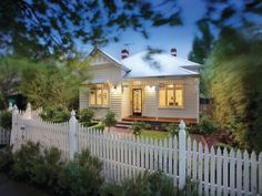 Sold Price for 22 Selwyn Street Canterbury Vic 3126 Cottage Living, Cottage Homes, Cottage Style, White Cottage, Canterbury, Style At Home, Weatherboard Exterior, Facade House, House Facades