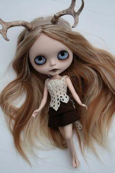 Beautiful (as alway) Blythe customized doll by Zaloa's Studio
