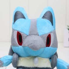 Don't you just wish you bring Lucario everywhere you go? Well, now you can! - This is perfect for any Pokemon Collectors! - While Supplies Last! Limit 10 Per Order Please allow 4-6 weeks for shipping