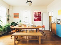 """Madeleine & Kihan's """"Just Plain Cozy"""" Seattle Apartment — House Call 
