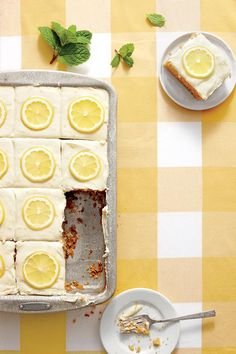 Sweet Tea-and-Lemonade Cake - Party-Perfect Sheet Cake Recipes - Southernliving. Recipe: Sweet Tea-and-Lemonade Cake Feeling rowdy? Spin this into a tipsy cake by substituting up to 2 Tbsp. vodka or bourbon for the lemon juice in the frosting. Potluck Recipes, Tea Recipes, Dessert Recipes, Dessert Ideas, Cake Ideas, Lemon Recipes, Party Recipes, Cookie Recipes, Pastries