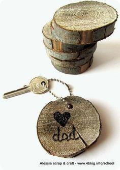 Regali Festa del Papà: portachiavi con disco di legno