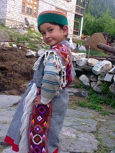 folk dress, himachal