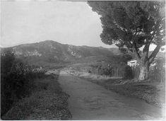 Λεωφόρος Πεντέλης 1939 Athens Greece, Old Photos, Country Roads, City, Modern, Vintage, Memories, Greece, Cities