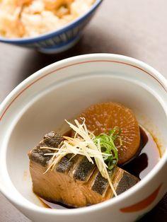 Japanese food - Buri daikon ぶり大根 (simmered yellowtail with daikon - Japanese radish)