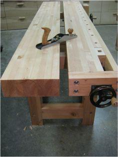 A Shigshop designed and built Roubo workbench / Изготовление верстака Roubo в картинках и с планами