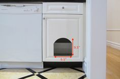 DIY tutorial on how to create a concealed cat litter box within a kitchen cabinet. Article includes advice on kitty litter, accessories and odor control. Cat Litter Box Ideas Hidden, Hiding Cat Litter Box, Cat Care Tips, Dog Care, Pet Tips, Cat Litter Cabinet, Litter Box Enclosure, Pumpkin Dog Treats, Cat Scratching Post