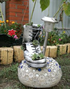 diy home garden decor idea old shoe