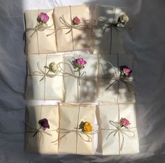 aesthetic, flowers, and soft image Letter Writing, Mail Art, Diy Gifts, Birthday Gifts, Diy And Crafts, Stationery, Wraps, Artsy, Presents