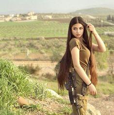 Women in Uniform : Hot Girls of Israel Army Israeli Girls, Idf Women, Save The World, Brave Women, Female Soldier, Warrior Girl, Military Women, Girls Uniforms, Military Girlfriend