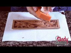 Learning Leathercraft with Jim Linnell – Lesson 9: Dyeing and Finishing - YouTube