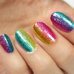 If you still do not know how to do ombre nails, then you have come to the right place. We have it all covered, just follow our lead to become a pro!