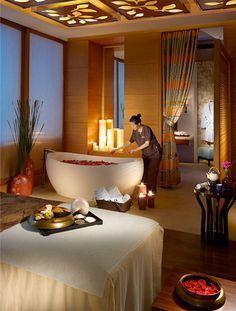 The Spa treatment room Spa Luxe, Luxury Spa, Luxury Hotels, Spa Treatment Room, Spa Treatments, Spa Design, Spa Interior Design, Design Bedroom, Exterior Design