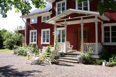 Wonderful old traditional Swedish house, now B JÄDERHOLMS bergsmansgård www.jaderholms.com