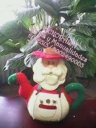 Resultado de imagen para cafeteras navideñas en paño lency Christmas Crafts, Xmas, Christmas Ornaments, Pin On, Tea Pots, Diy And Crafts, Baby Shower, Dolls, Holiday Decor
