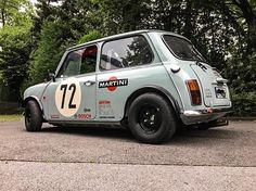 Out of all the cars Ive featured this has to be one of my favourites. Mini Cooper Classic, Classic Mini, Classic Cars, Fiat 600, Retro Cars, Vintage Cars, Mini Countryman, Car Mods, Custom Wheels