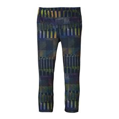 """Cropped so you can see your feet, the Patagonia Centered Crops/Capris (20 1/2"""") feature plenty of stretch with a compression fit for yoga or climbing."""
