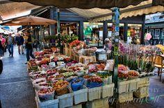 Buy local produce at the Naschmarkt in Vienna, Austria #feelaustria