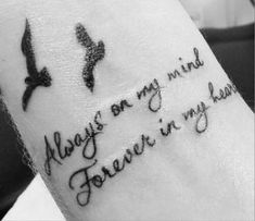 Lovely quote i tattooed on maddison remembrance tattoos, tattoo for parents, tatoo ideas for Dad Tattoos, Tattoos For Kids, Tattoos For Daughters, Tattoos For Women Small, Trendy Tattoos, Cute Tattoos, Beautiful Tattoos, Body Art Tattoos, Small Tattoos
