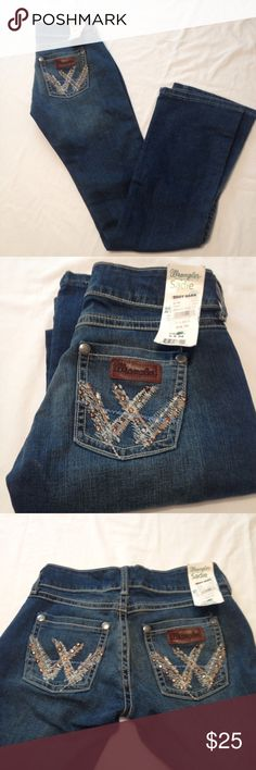Wrangler Sadie  bootcut  jeans Wrangler Sadie bootcut jeans Size 0. Length40 Inseam34.99%Cotton 1%Spandex.  Medium wash. Sita at hip, bootcut, hugs and curves. Wrangler Jeans Boot Cut