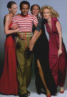 Burrows and the girls in long party dresses Models Karen Bjornson, Alva Chinn &. Disco Fashion, Men's Fashion, Vintage Fashion, Black Fashion Designers, Disco Night, Friends Fashion, Fashion History, Formal Dresses, Party Dresses