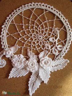 Thread Crochet, Crochet Doilies, Crochet Flowers, Crochet Lace, Craft Stalls, Hanging Jewelry, Lace Making, Irish Crochet, Embroidery Stitches