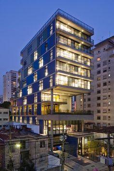 João Moura Building, by Nitsche Arquitetos