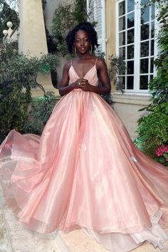 Tokyo Fashion, Fashion 2018, Prada Dress, Vogue, Kendall Jenner Outfits, Prom Dresses, Formal Dresses, Red Carpet Dresses, Cannes Film Festival