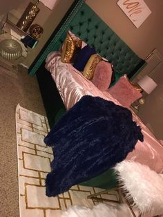 DIY Home Decor, look at these splendid room decor examples right now. A example ref number 9921031165 now. Bedroom Ideas For Teen Girls, Cute Bedroom Ideas, Cute Room Decor, Teen Room Decor, Room Decor Bedroom, Home Bedroom, Girls Bedroom, Living Room Decor, Bedrooms