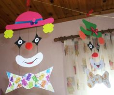 Preschool Displays, Western Centerpieces, Theme Carnaval, Diy For Kids, Crafts For Kids, Carnival Crafts, Diy And Crafts, Arts And Crafts, Reindeer Craft