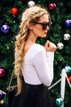 27 Cute Straight Hairstyles: New Season Hair Styles Dutch Fishtail Braid with long, straight hair Winter Hairstyles, Pretty Hairstyles, Straight Hairstyles, Braided Hairstyles, Bohemian Hairstyles, Blonde Hairstyles, Easy Hairstyles For Thick Hair, Wedding Hairstyles, Perfect Hairstyle