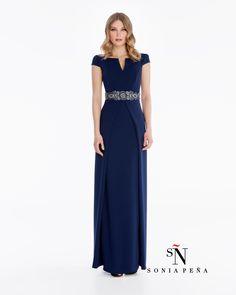 Uno de mis vestidos favoritos de Sonia Peña . Ref: 1180009